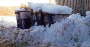 winter trash can